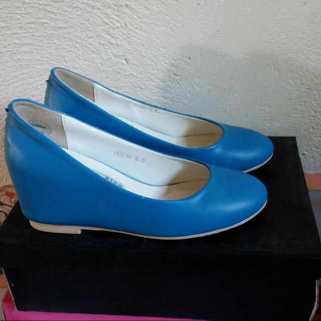 LeBunny BLue Blue Hidden WEDGE