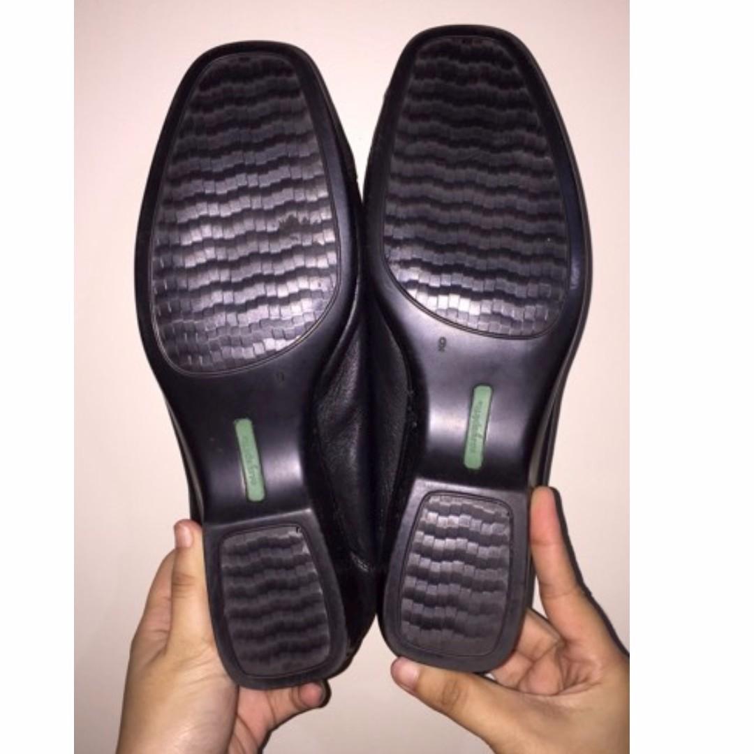 Mule Black Leather Shoes