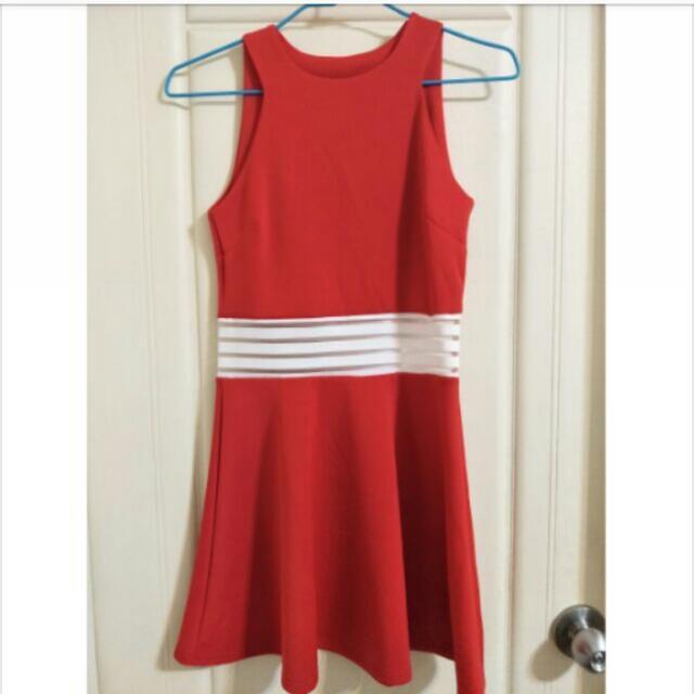 New🎀紅色背心鏤空洋裝💋