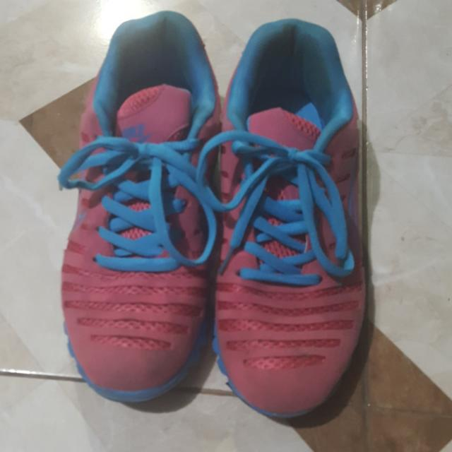Nike Running Shoes Size 38