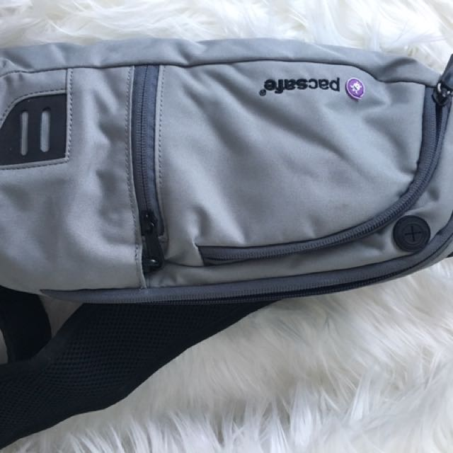 Packsafe anti theft cross body travelling bag