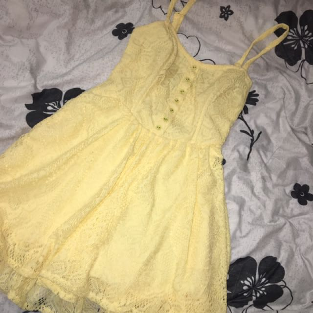paper hearts yellow dress