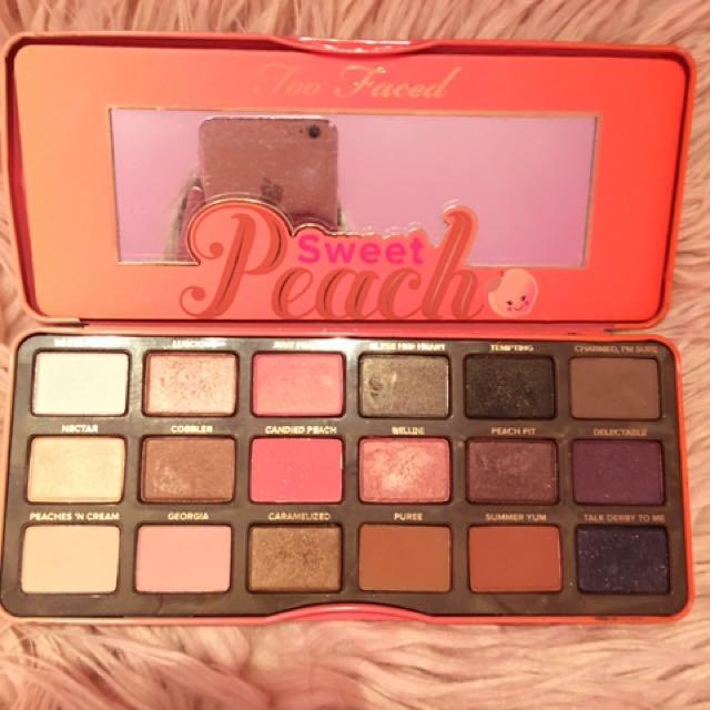 Peach Palette 🍑