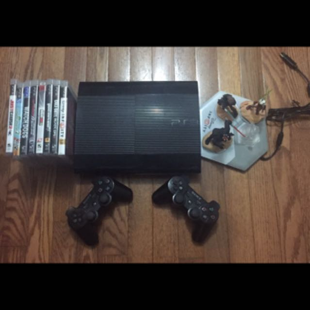 PS3 Console with top 8 games