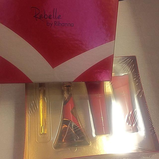 Rihanna Rebel Fleur Box Set