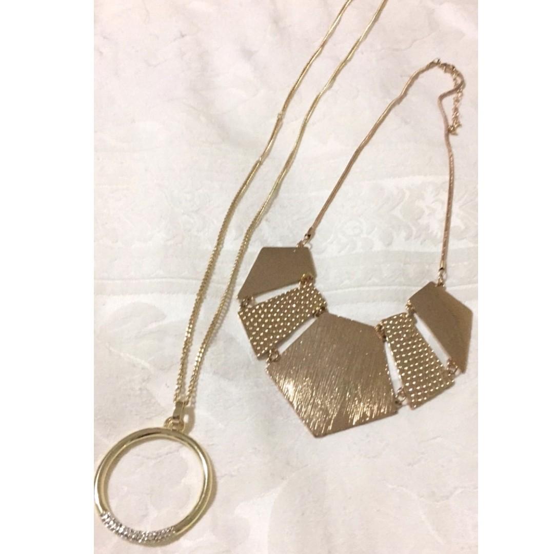 Rose Gold Necklace Set.
