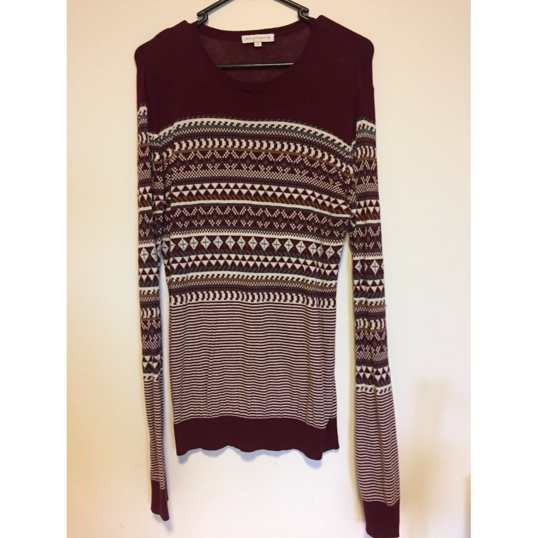 Salt and Pepper Aztec Printer Maroon Sweater Size S