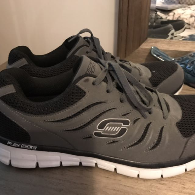 Skechers Size 10.5 Men's