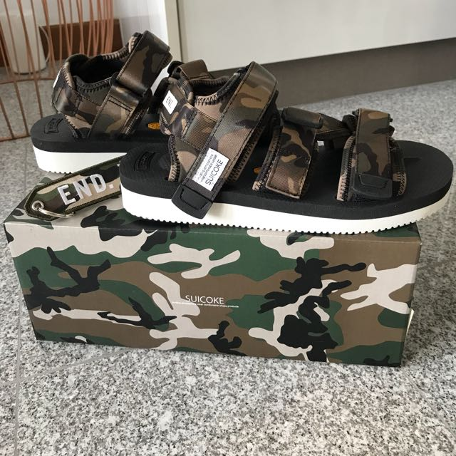 c4885cc6702a Suicoke X END Kisee-V Sandals in Disruptive Pattern Material