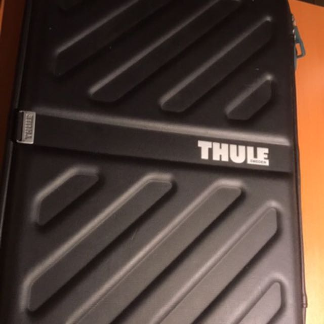 Thule Apple MacBook 15 Inch Case