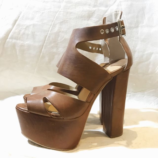 Tony Blanco Tan Brown Platform Heels