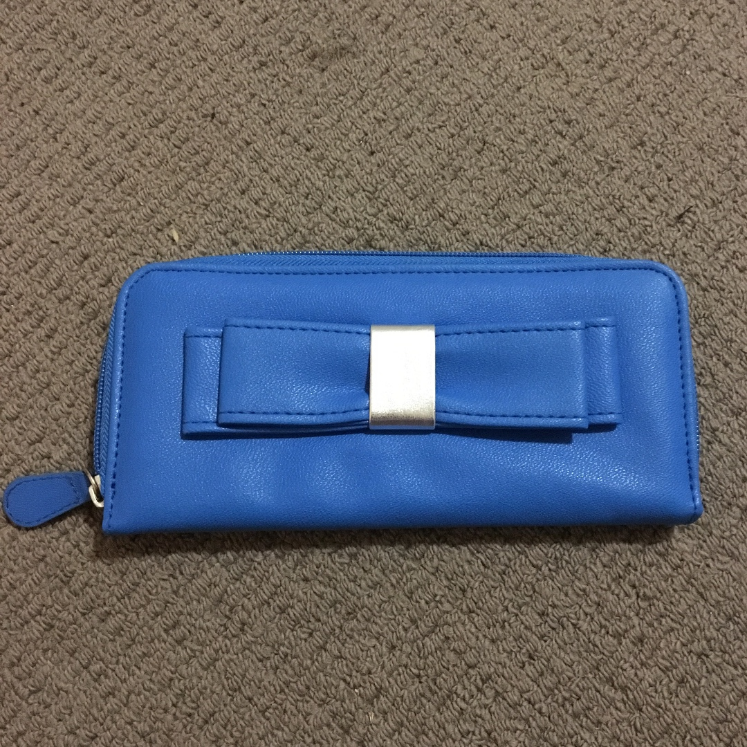 unused womens wallet