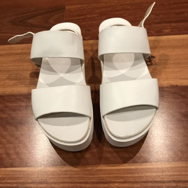WINDSOR SMITH White Platforms With Buckle