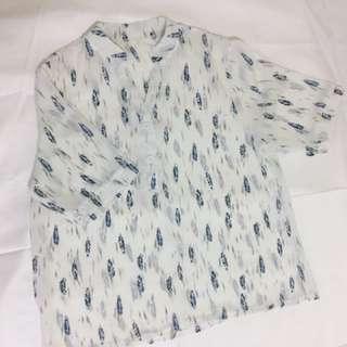 水藍羽毛雪紡衫