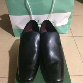 Clarks Chilton Work Black Leather