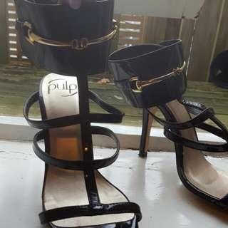 Black And Gold Hannah's Heels