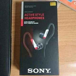 全新 Sony 耳掛 運動耳機