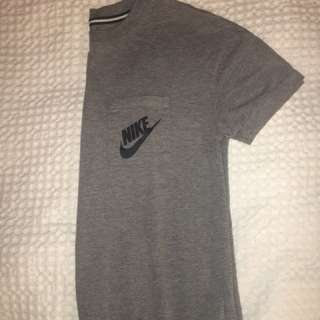 Nike Crew Neck Shirt