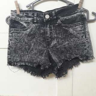 PRELOVED H&M Ori Short Pant