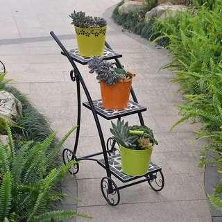 Iron three - tier flower frame foreign trade mosaic iron shelf rack green flower basket basket shelf. 铁艺三层花架外贸马赛克铁艺置物架绿萝吊篮花架子.