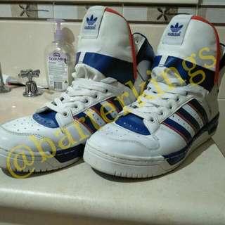 "Pat Ewing's 2013 Retro Hi ""Knicks"" Adidas Special Conductor Kicks Size 10"