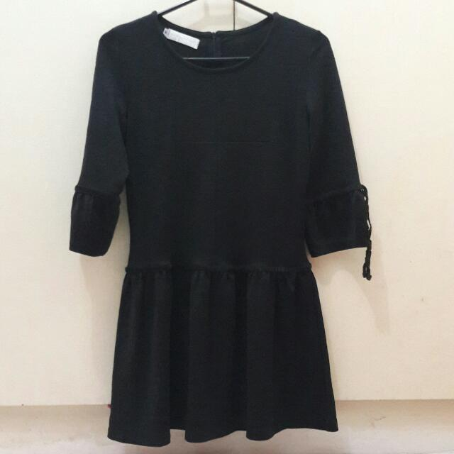 3/4 Black Dress