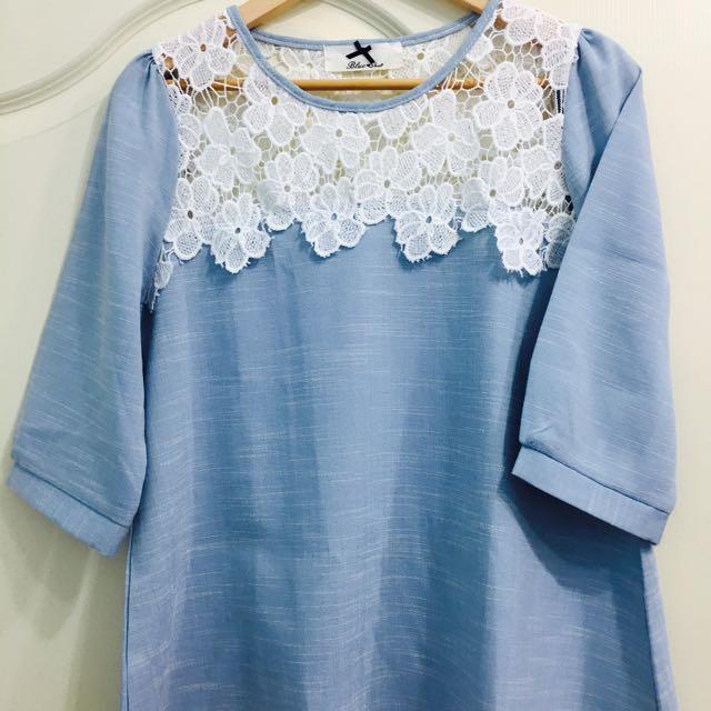 水藍質感蕾絲上衣 (可換物)
