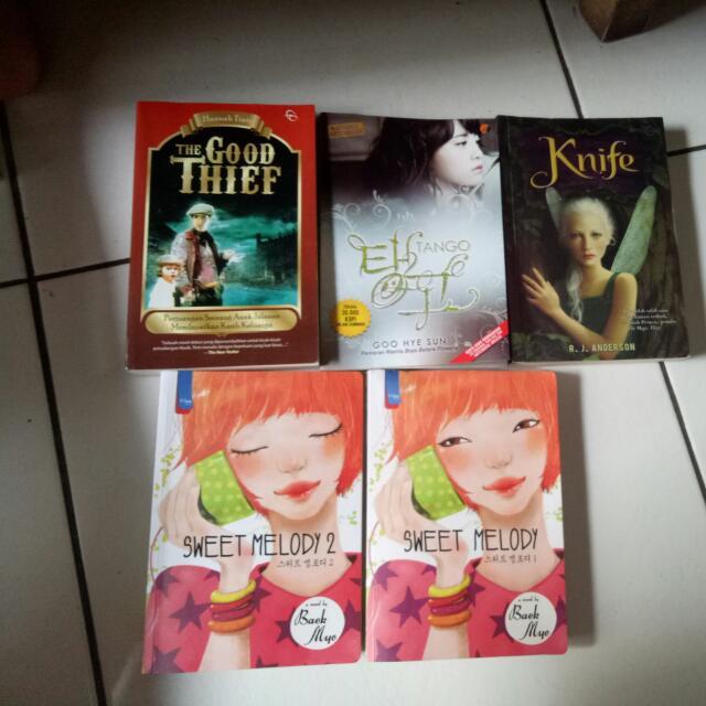Aneka Novel