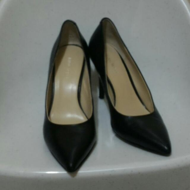 Authentic Nine West Genuine Leather Shoes