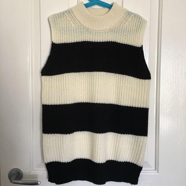 Black White Knit Vest