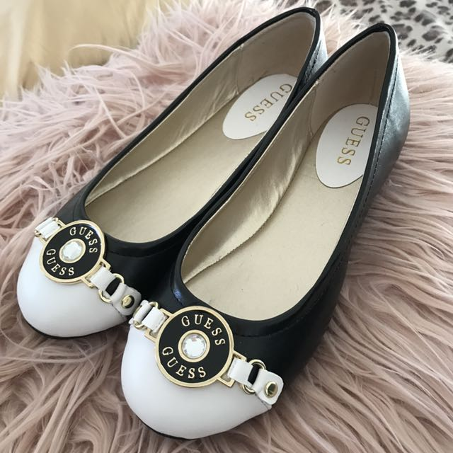 Brand New Genuine Guess Flats