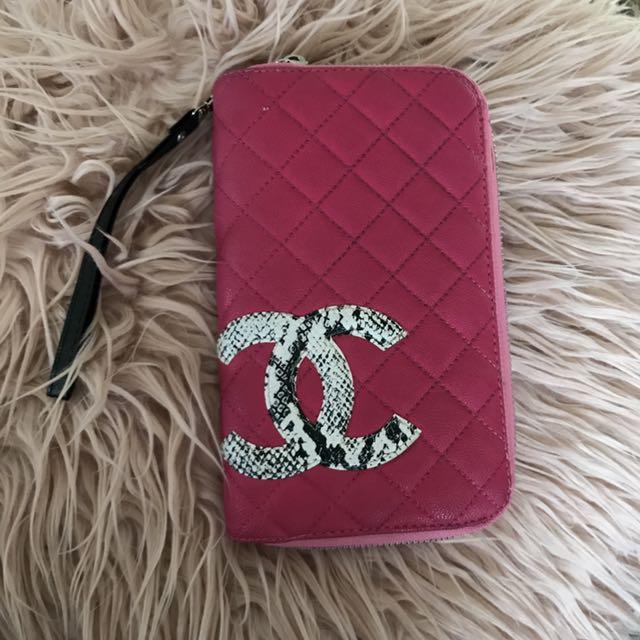 Chanel Wallet (replica)