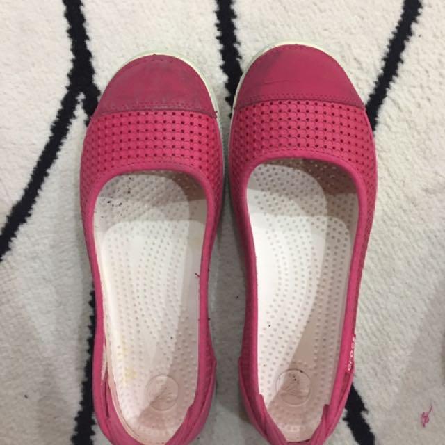 Croc W8 Shoe