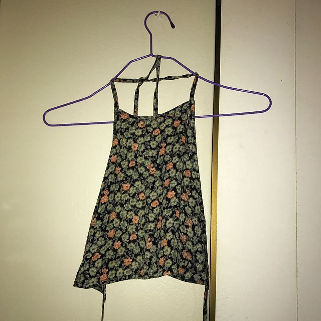 Halter Neck Crop Singlet