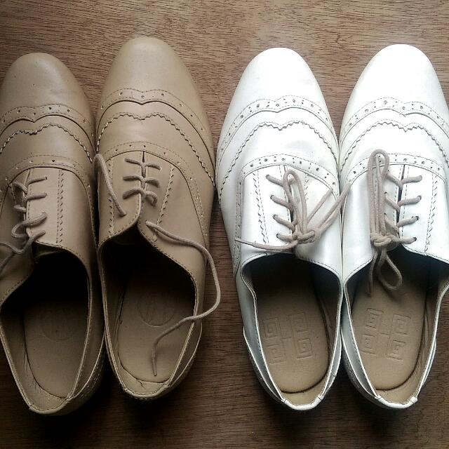 Hue Manila Andy Brogues Shoes Oxfords White Beige