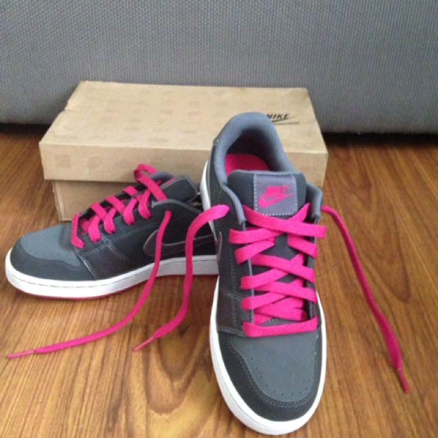 Nike Backboard SI (GS) Sneakers
