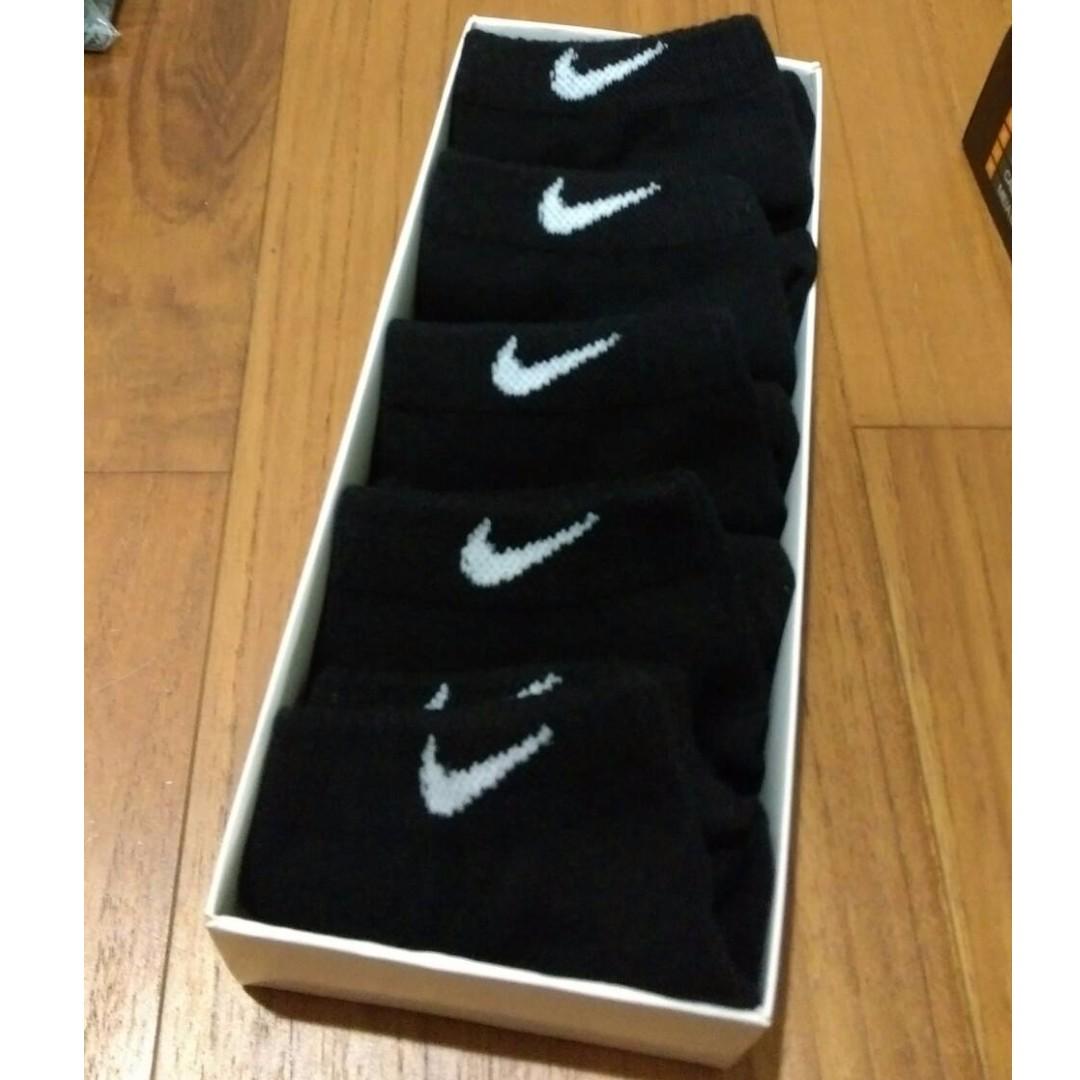 Nikec黑色白勾短筒襪5入ㄧ組