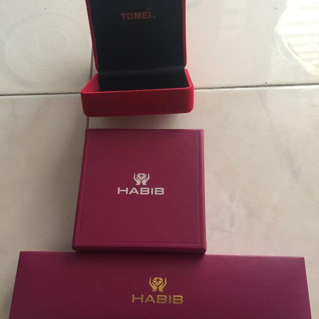 Pohkong Tomei And Habib Jewellery Box