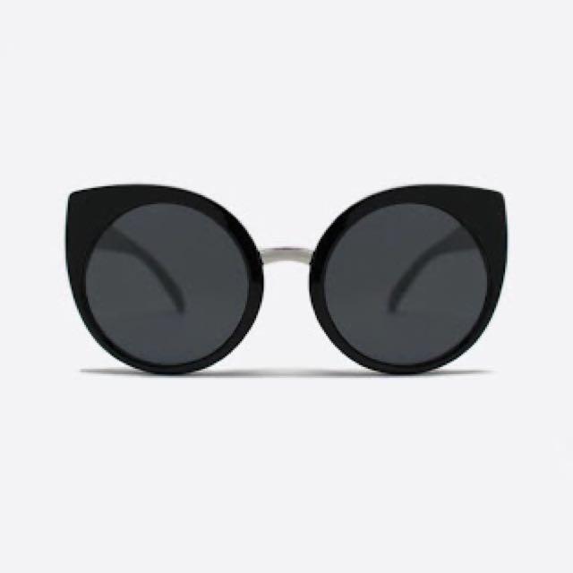 Brand New Quay Australia China Doll Sunglasses