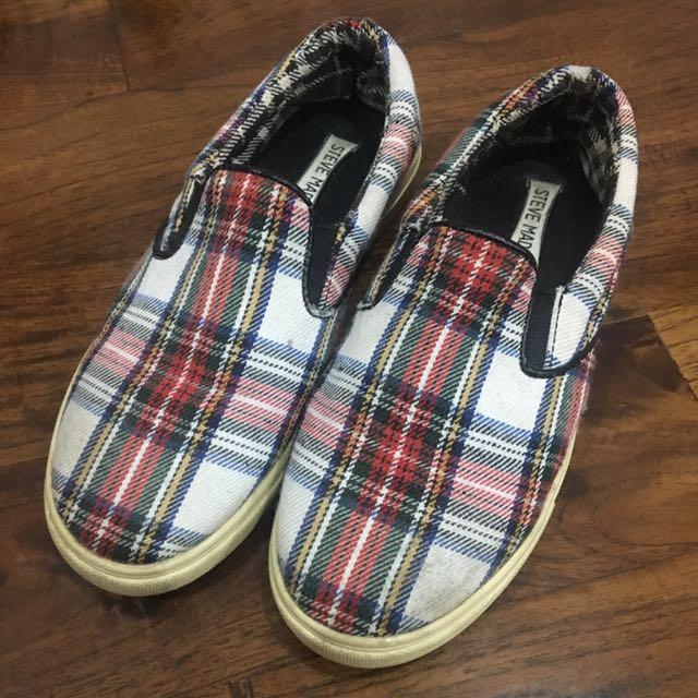 STEVE MADDEN Sepatu Slip On