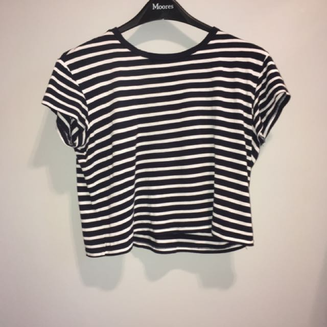 Striped H&M Cropped T-shirt