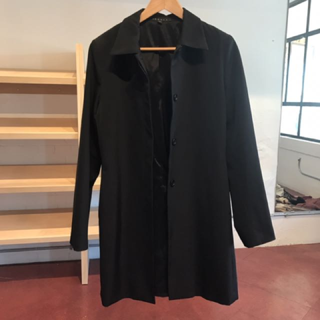 Theory Trench Coat M
