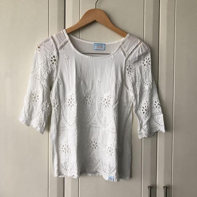 Unica Hija White Cotton Embroidered Peekaboo Top