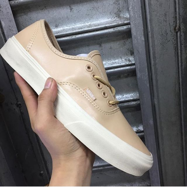7bec9798fa6578 Vans Leather Nude