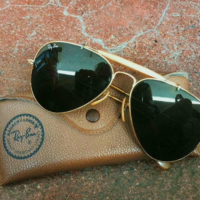 Vintage Ray Ban Gold Framed Aviator Sunglasses