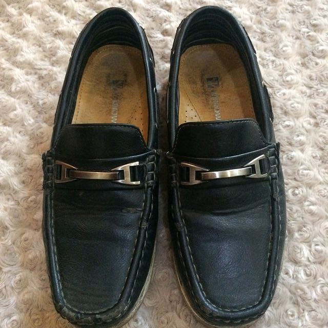 W brown Leather shoes
