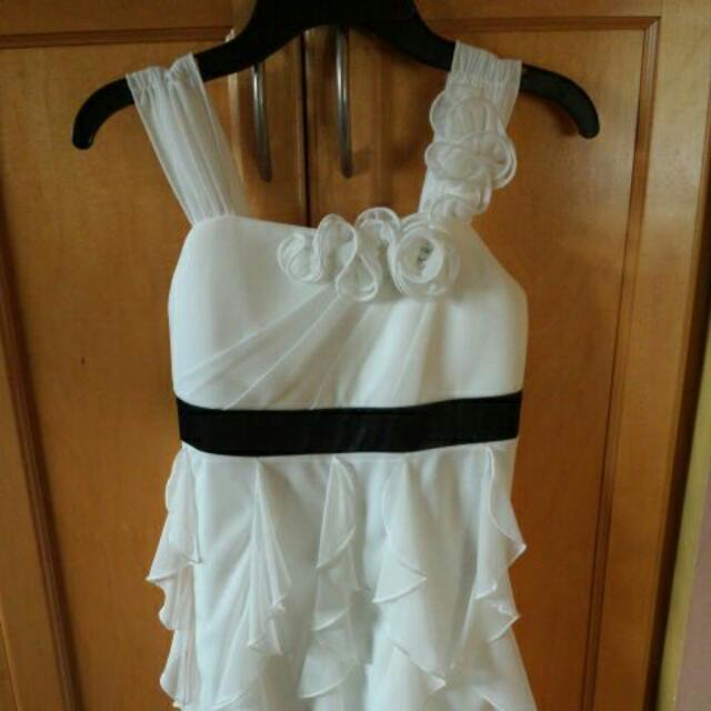 White Party Dress. Size 12