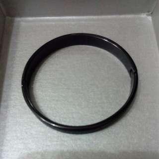 🚚 黑鋼手環