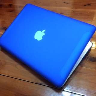 "☆ MacBook •2.26GHz•250.GB•GeForce•3.GB•13.3""•Microsoft Office☆"