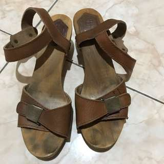 Zara Wood Sandal